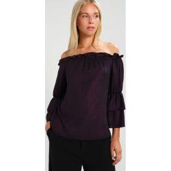 Bluzki asymetryczne: Dorothy Perkins SHIMMER BARDOT Bluzka purple
