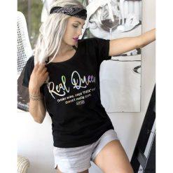 Koszulka Real Queen (czarna). Niebieskie bluzki z odkrytymi ramionami marki Pakamera, z bawełny. Za 79,00 zł.
