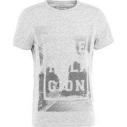 True Religion PALM TEE Tshirt z nadrukiem grey. Niebieskie koszulki polo marki Tiffosi. Za 299,00 zł.