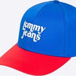 Tommy Jeans - Czapka. Niebieskie czapki z daszkiem damskie marki Tommy Jeans, z bawełny. W wyprzedaży za 99,90 zł.