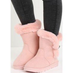 Różowe Śniegowce Nit-Pick. Czerwone buty zimowe damskie marki Born2be, z okrągłym noskiem, na płaskiej podeszwie. Za 69,99 zł.