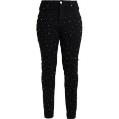 Lost Ink Plus SKINNY JEAN WITH SEQUINS Jeans Skinny Fit black. Czarne jeansy damskie relaxed fit marki Lost Ink Plus. W wyprzedaży za 179,25 zł.