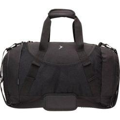 Torba sportowa TPU606 - czarny - Outhorn. Czarne torby podróżne Outhorn, w paski, z gumy. W wyprzedaży za 44,99 zł.