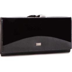 Duży Portfel Damski NOBO - NPUR-LG0210-C020 Czarny. Czarne portfele damskie Nobo, z lakierowanej skóry. W wyprzedaży za 179,00 zł.