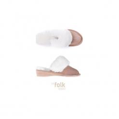 THE SHOES NO. 5 KAPCIE DAMSKIE NA KOTURNIE. Białe buty ślubne damskie The folk brand, ze skóry. Za 129,00 zł.