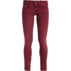 GStar LYNN MID SKINNY COJ  Jeans Skinny Fit port red. Czerwone rurki damskie G-Star. W wyprzedaży za 363,35 zł.