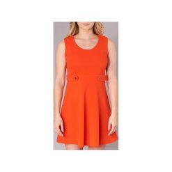 Sukienki krótkie Molly Bracken  VLIVI. Czerwone sukienki mini marki Molly Bracken, l, z krótkim rękawem. Za 143,20 zł.