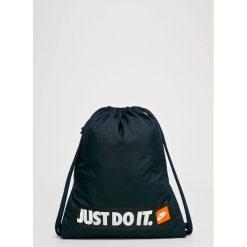 Nike Sportswear - Plecak. Szare plecaki męskie Nike Sportswear. W wyprzedaży za 69,90 zł.