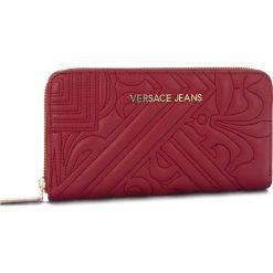 Duży Portfel Damski VERSACE JEANS - E3VSBPZ1 70792 311. Czerwone portfele damskie Versace Jeans, z jeansu. Za 369,00 zł.