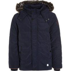 S.Oliver RED LABEL Kurtka zimowa dark blue. Niebieskie kurtki chłopięce zimowe marki s.Oliver RED LABEL, z bawełny. W wyprzedaży za 271,20 zł.