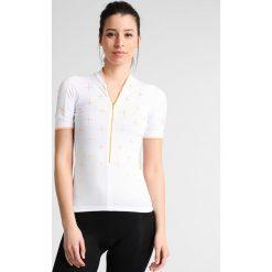 Craft BELLE Tshirt z nadrukiem white/sprint. Białe topy sportowe damskie marki Craft, l, z nadrukiem, z elastanu. W wyprzedaży za 237,30 zł.