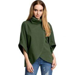 Zielona Oversizowa Bluzka Kopertowa z Golfem. Zielone bluzki asymetryczne Molly.pl, l, eleganckie, z kopertowym dekoltem, z krótkim rękawem. Za 104,90 zł.