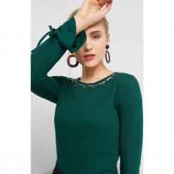 Koszulka z perłami. Zielone t-shirty damskie marki Orsay, xs, z elastanu. Za 69,99 zł.