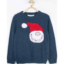 Sweter. Szare swetry chłopięce Merry Christmas, z napisami, z bawełny, z klasycznym kołnierzykiem. Za 79,90 zł.