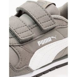 Puma ST RUNNER V2 NL V INF Tenisówki i Trampki rock ridge/white. Czarne trampki chłopięce marki Puma. Za 149,00 zł.