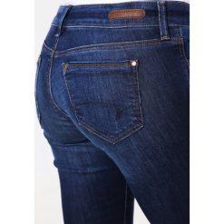 Mavi LINDY Jeansy Slim Fit dark indigo stretch. Niebieskie rurki damskie Mavi. Za 269,00 zł.
