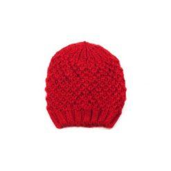 Czapka damska Węzełki czerwona. Czerwone czapki zimowe damskie marki Art of Polo. Za 21,37 zł.