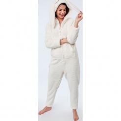 Etam - Kombinezon piżamowy Doryan. Szare piżamy damskie Etam, l, z dzianiny. Za 219,90 zł.