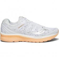 Buty sportowe w kolorze białym. Białe buty sportowe damskie Saucony, z materiału. W wyprzedaży za 363,95 zł.