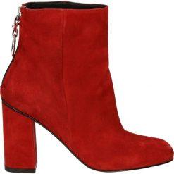 Botki - 01873 CAM RED. Czerwone botki damskie na zamek Venezia, ze skóry. Za 469,00 zł.