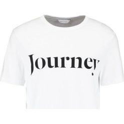 Samsøe & Samsøe TRAVEL Tshirt z nadrukiem white. Niebieskie koszulki polo marki Tiffosi. Za 249,00 zł.