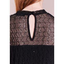 MAX&Co. PIOGGIA Sukienka koktajlowa black. Czerwone sukienki koktajlowe marki MAX&Co., m, z elastanu. W wyprzedaży za 414,50 zł.