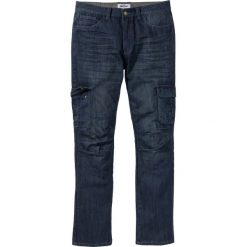 Dżinsy bojówki Regular Fit Straight bonprix ciemnoniebieski. Niebieskie jeansy męskie regular bonprix, z jeansu. Za 59,99 zł.