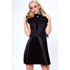 Sukienka plisowana z weluru czarna ALZ3117. Czarne sukienki Fasardi, l, z weluru. Za 129,00 zł.