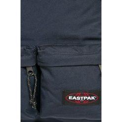 Eastpak - Plecak. Szare plecaki męskie Eastpak, w paski, z poliesteru. W wyprzedaży za 179,90 zł.
