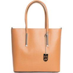 Torebki klasyczne damskie: Skórzana torebka w kolorze jasnobrązowym – 30 x 32 x 12 cm