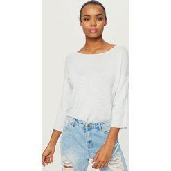 Swetry klasyczne damskie: Sweter z wiązaniami przy rękawach – Niebieski