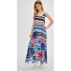 Desigual - Sukienka. Niebieskie długie sukienki marki bonprix, z nadrukiem, na ramiączkach. W wyprzedaży za 239,90 zł.