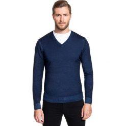 Sweter MARTINO SWGS000093. Niebieskie swetry klasyczne męskie marki bonprix, m, z nadrukiem, z klasycznym kołnierzykiem, z długim rękawem. Za 229,00 zł.