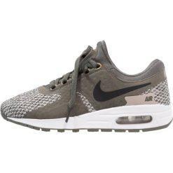 Nike Sportswear AIR MAX SE (GS) Tenisówki i Trampki river rock/black/cobblestone/light bone. Zielone tenisówki męskie marki Nike Sportswear, z gumy. W wyprzedaży za 328,30 zł.