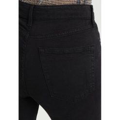 Topshop JAMIE NEW Jeans Skinny Fit black. Czarne jeansy damskie marki Topshop, z bawełny. Za 239,00 zł.
