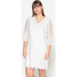 Długie sukienki: Gładka, prosta, krótka sukienka z długim rękawem