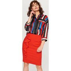 Spódniczki: Ołówkowa spódnica z falbaną - Pomarańczo