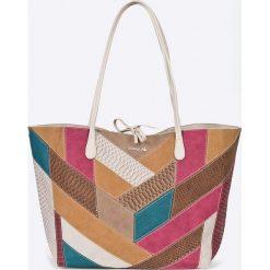 Desigual - Torebka dwustronna. Szare torebki klasyczne damskie Desigual, w paski, z materiału, duże. W wyprzedaży za 219,90 zł.