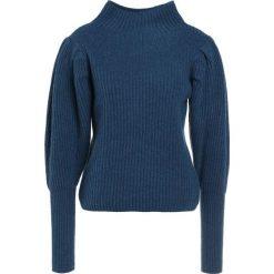Club Monaco SOLANGA Sweter drawing room teal. Niebieskie swetry klasyczne damskie Club Monaco, z kaszmiru. W wyprzedaży za 731,60 zł.