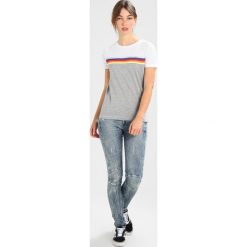 GStar MID SKINNY  Jeansy Slim fit vintage aged destroy. Szare jeansy damskie marki G-Star, z bawełny. Za 559,00 zł.