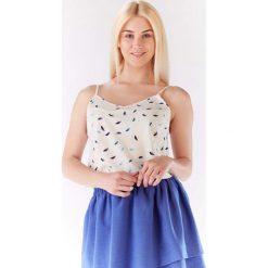 Bluzka Lekka Wzorzysta na Cienkich Ramiączkach - Niebieskie Parasolki. Niebieskie bluzki wizytowe Molly.pl, l, z jeansu, biznesowe, dekolt w kształcie v, na ramiączkach. Za 96,90 zł.