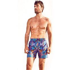 Męskie szorty kąpielowe DAVID 52 Jungle Caicco. Szare szorty męskie marki Top Secret, na lato. Za 128,00 zł.