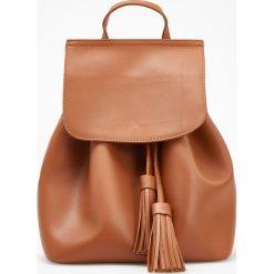 Klasyczny plecak - Pomarańczo. Pomarańczowe plecaki damskie Reserved, klasyczne. Za 119,99 zł.