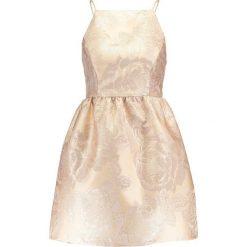 Sukienki hiszpanki: Miss Selfridge Petite JACQUARD BOW  Sukienka koktajlowa gold