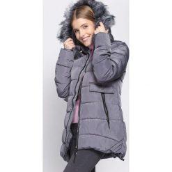 Ciemnoszara Kurtka Skill Of Loving. Brązowe kurtki damskie pikowane marki QUECHUA, na zimę, m, z materiału. Za 169,99 zł.
