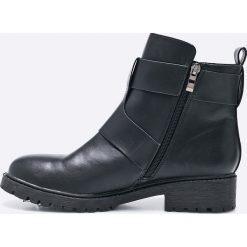 Medicine - Botki Back to Nature. Czarne buty zimowe damskie MEDICINE, z materiału, z okrągłym noskiem, na obcasie. W wyprzedaży za 79,90 zł.