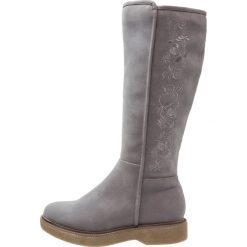 Anna Field Kozaki na platformie grey. Szare buty zimowe damskie Anna Field, z materiału, na platformie. W wyprzedaży za 161,85 zł.