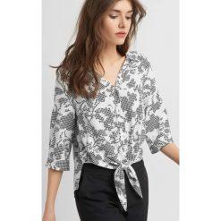 Bluzki asymetryczne: Bluzka koszulowa z wiązaniem