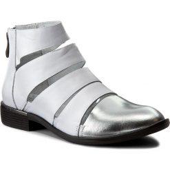 Botki SERGIO BARDI - Dionisia FS127220317RB  124. Białe buty zimowe damskie Sergio Bardi, z nubiku, na obcasie, na zamek. W wyprzedaży za 199,00 zł.