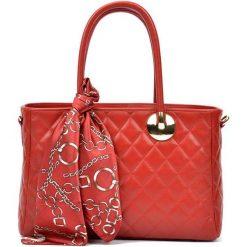 Torebki i plecaki damskie: Skórzana torebka w kolorze czerwonym – (S)23 x (W)32 x (G)12,5 cm
